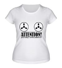 Женская футболка Разговор записывается