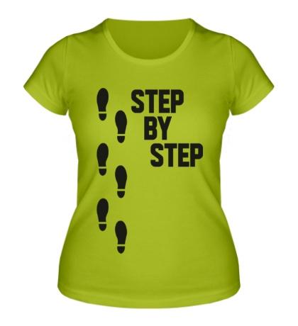 Женская футболка Step by Step