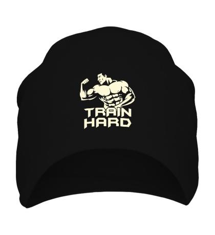 Шапка Train hard glow