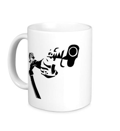 Керамическая кружка Парень с оружием
