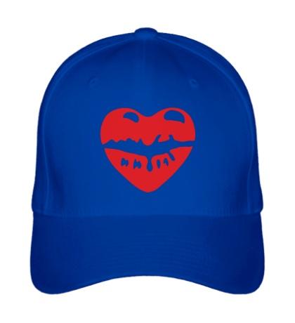 Бейсболка Поцелуй в виде сердца
