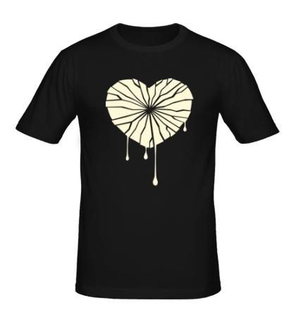 Мужская футболка Разбитое сердце свет