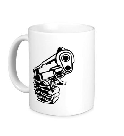 Керамическая кружка Рука с пистолетом