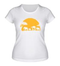 Женская футболка Слоны на закате