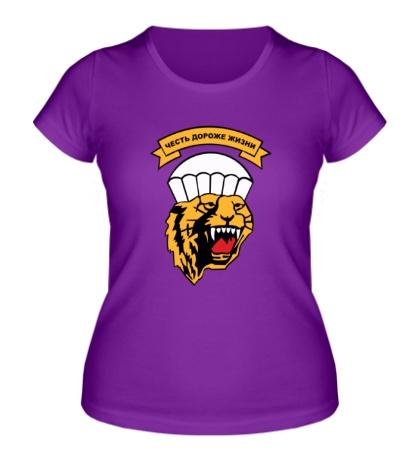 Женская футболка Честь дороже жизни