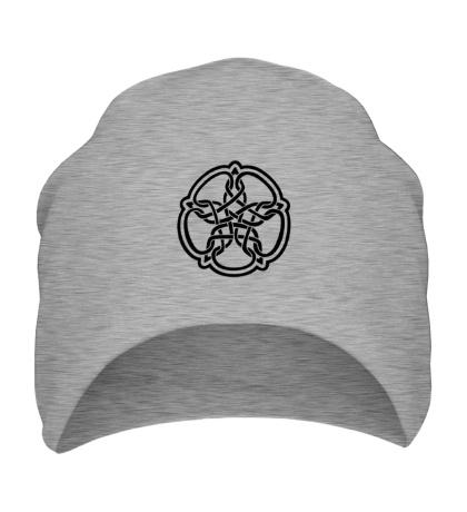Шапка Звезда в стиле кельтских узоров