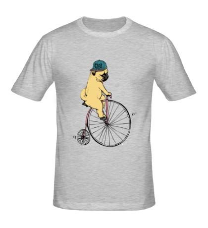 Мужская футболка Мопс на велосипеде