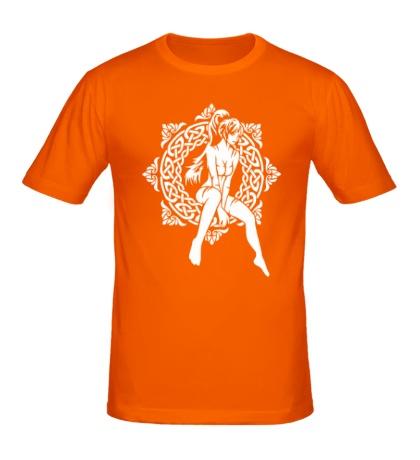 Мужская футболка Девушка: кельтский узор