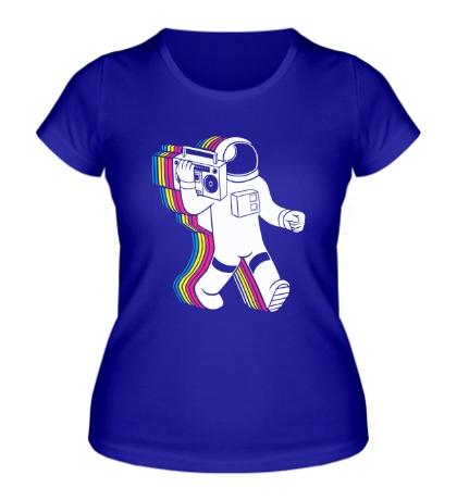 Женская футболка Космонавт с магнитофоном
