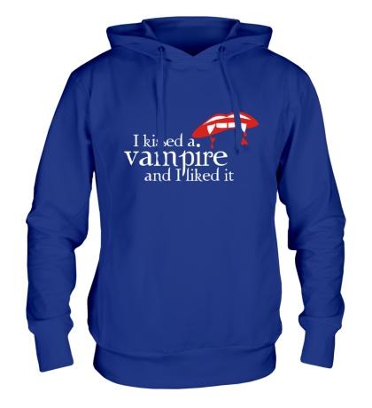 Толстовка с капюшоном I kissed a vampire
