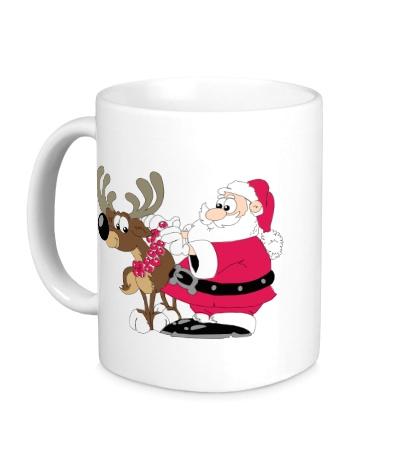 Керамическая кружка Дед Мороз с оленем