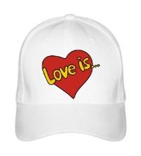 Бейсболка Love is